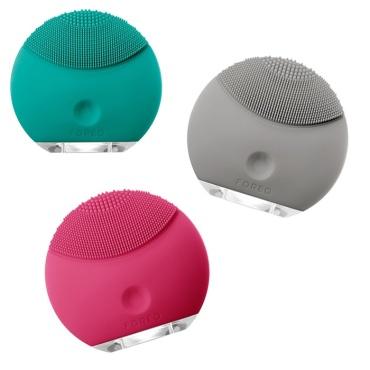 foreo-luna-mini-at-home-spa-tools