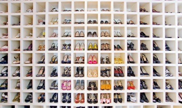 designer-shoe-racks-for-closets